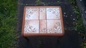 COFFEE TABLE (TILED)