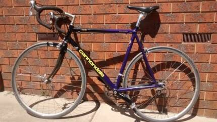 Cannondale CAD2.8  R600 Road Bike - 56cm - good condition
