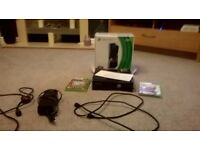 Xbox 360 250GB + 2 games