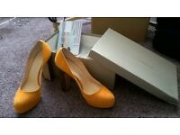 Bionda Castana shoes Size 4 - NEW