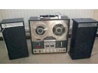 Sharp RD 708V reel to reel tape recorder & speakers