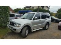 2002 mitsubishi shogun 3.2 DI-D 4X4 auto 7 seater spares or repairs £1650 export welcome