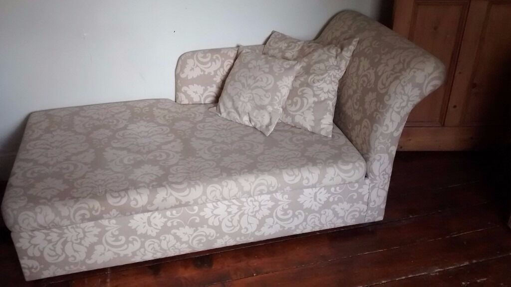 Chaise Longue 2 Seater Pull Out Sofa Bed Local Delivery Possible