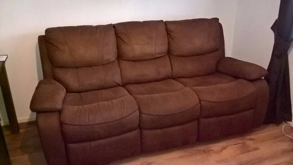 Westchester 3 Seater Recliner Sofa with fixed manual reclining action (from Harveys) & Westchester 3 Seater Recliner Sofa with fixed manual reclining ... islam-shia.org
