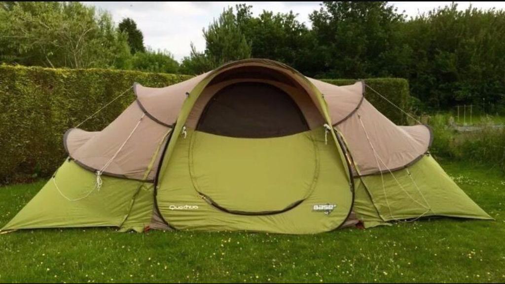 Quechua Base 4.2 Pop up tent - 4 berth & Quechua Base 4.2 Pop up tent - 4 berth   in Hedge End Hampshire ...