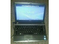 Sony Vaio laptop Intel Core i3 2.13Ghz 4Gb RAM & 300Gb HDD Webcam DVD Windows 7 good battery life