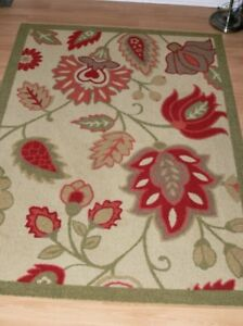 Floral Area Rug, 5x7