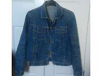Vintage lee cooper denim jacket size 6-8. 14 yrs