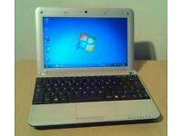 Advent netbook. Webcam, wifi, Windows 7 _& office