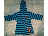 Baby dressing gown 18-24mths