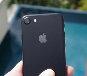 iPhone 7 - 32GB brand new in box Rogers London Ontario image 1