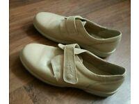 Woman shoes size 8 PRP £49