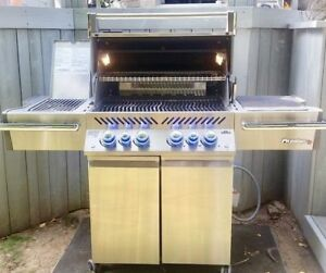 NAPOLEON PRO500 BBQ (Lowest Prices guaranteed) FREE DELIVERY✅