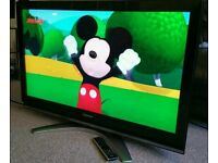 """TOSHIBA 37"""" LCD TV FULL HD BUILT IN FREEVIEW EXCELLENT CONDITION REMOTE CONTROL HDMI FULLY WORKING"""