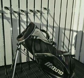 REDUCED Mizuno golf bag