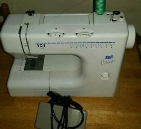Different pattern electric sewing machine complete with foot pedal