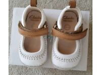 CLARKS premium Italian leather baby kids toddler shoes