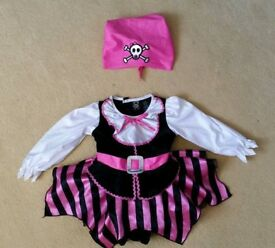 Gorgeous pirate outfit age 12 months