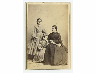 CIVIL WAR ERA LADY IN BEAUTIFUL LONG DRESS W/ DAUGHTERS IN MATCHING OUTFITS CDV](Civil War Outfits)
