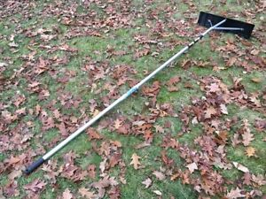 WRONG SEASON – RITE PRICE!!  SNOW RAKE / ROOF RAKE – SHOVEL