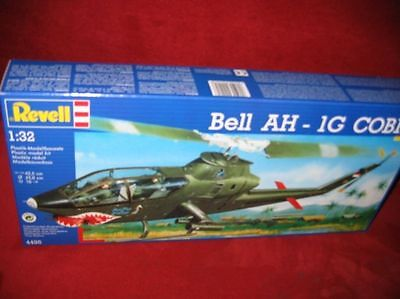 REVELL® 04495 1:32 HUBSCHRAUBER BELL AH- 1G COBRA NEU