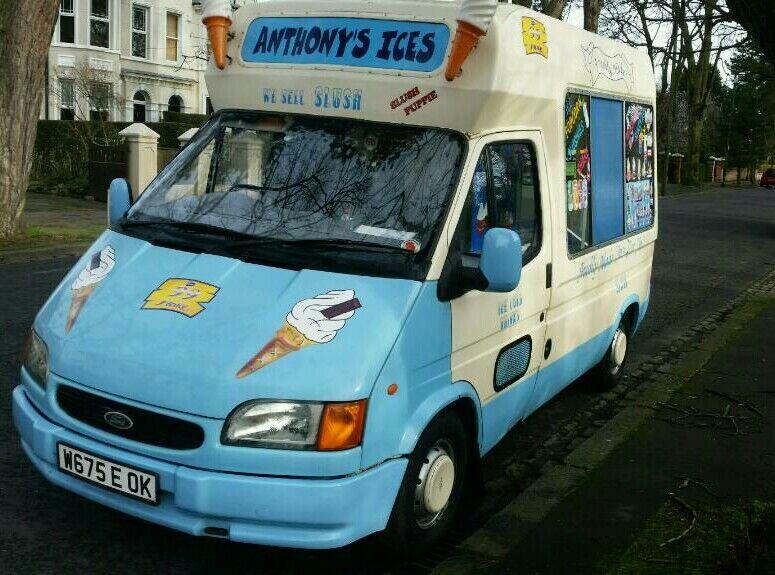 b613f91943 Ice cream van