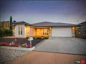 4 bedrooms + study large house for rent in Point Cook Point Cook Wyndham Area Preview