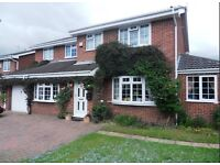 TO LET -Beautiful 6 bedroom unfurnished house in quiet residential area - Thirsk, £1275 PER MONTH