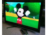 "TOSHIBA 42"" LCD TV FULL HD BUILT IN FREEVIEW EXCELLENT CONDITION REMOTE CONTROL HDMI FULLY WORKING"