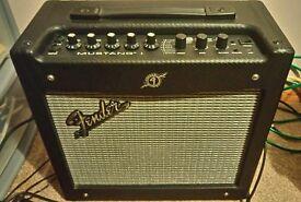 Fender mustang guitar amplifier amp