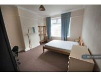4 bedroom house in Kinross Road, Manchester, M14 (4 bed)