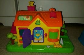 Bruin Interactive Farm house toy