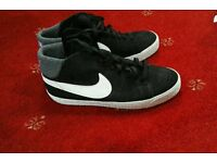 Nike High Tops (Size 8.5)