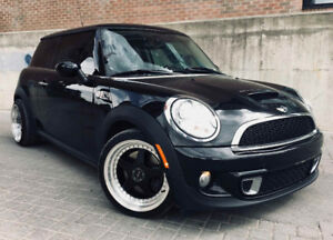 Mini Cooper S - Low KM!!