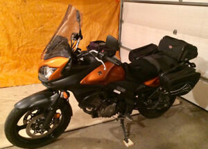 Vstrom Adventure Tourer, like new and very well equipped.
