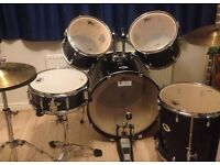 Volt drum kit Excellent condition