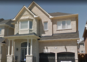 Spacious Large 4 bedroom House for rent in Prime Ajax Location!
