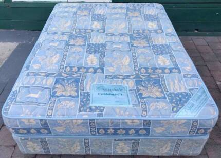 Good condition double bed set for sale. Delivery option is availa