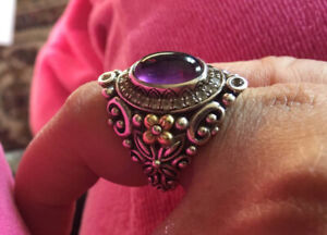 18K Yellow Gold in Sterling Silver Ring with Amethyst (Size 7-8)