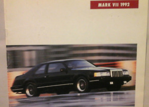 1992 Lincoln dealer brochure set.