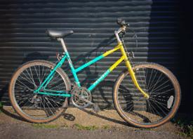 Vintage Peugeot California MTB/ Hybrid bike. Retro 90s.