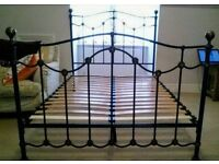 Black double metal frame bed with bronze finials vgc