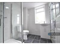4 bedroom house in Sheringham Avenue, London, E12 (4 bed)