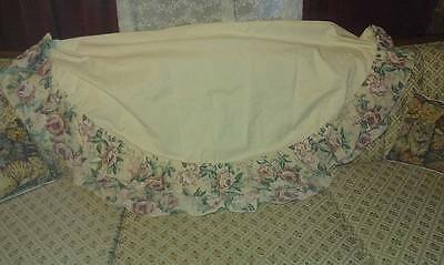 BEIGE AND FLORAL ROUND TABLE CLOTH DECORATIVE