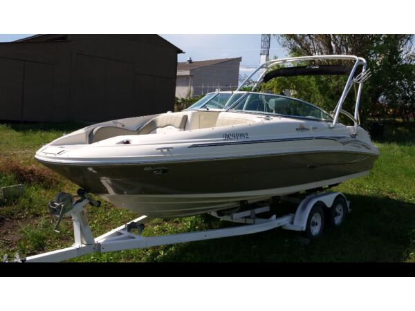 Used 2006 Sea Ray Boats sundeck 220