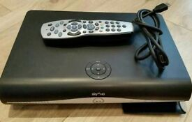 sky box perfect condition like new cheap