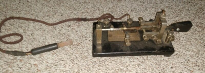 Vintage Vibroplex Original Telegraph / Morse Code Key Bug No. 84010