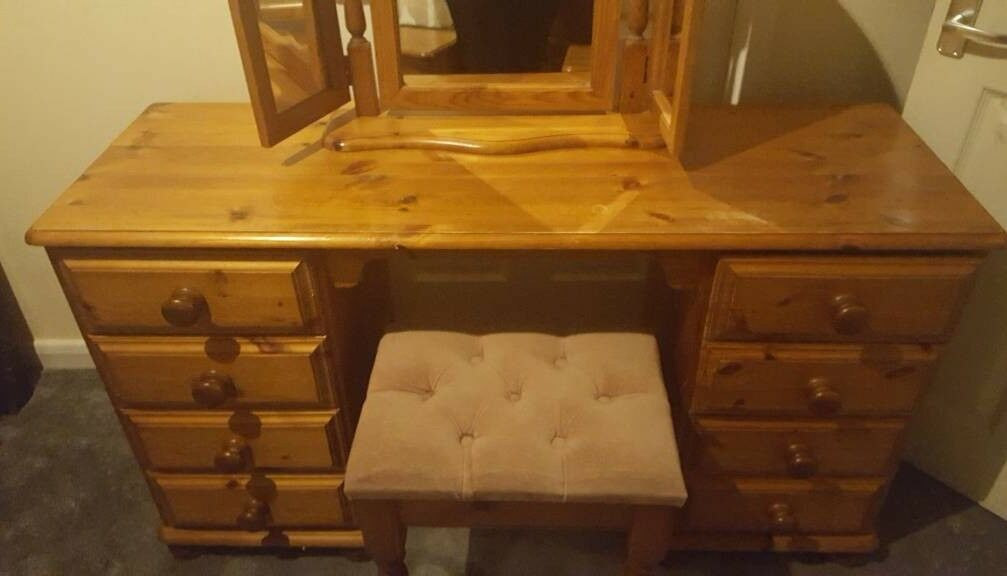 Large pine dressing table, matching stool and bed side tables