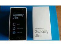Brand New Samsung Galaxy J5 2016 Unlocked sealed in Box
