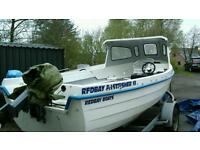 19 foot redbay fastfisher fishing boat & 30 horse yamaha electric start motor